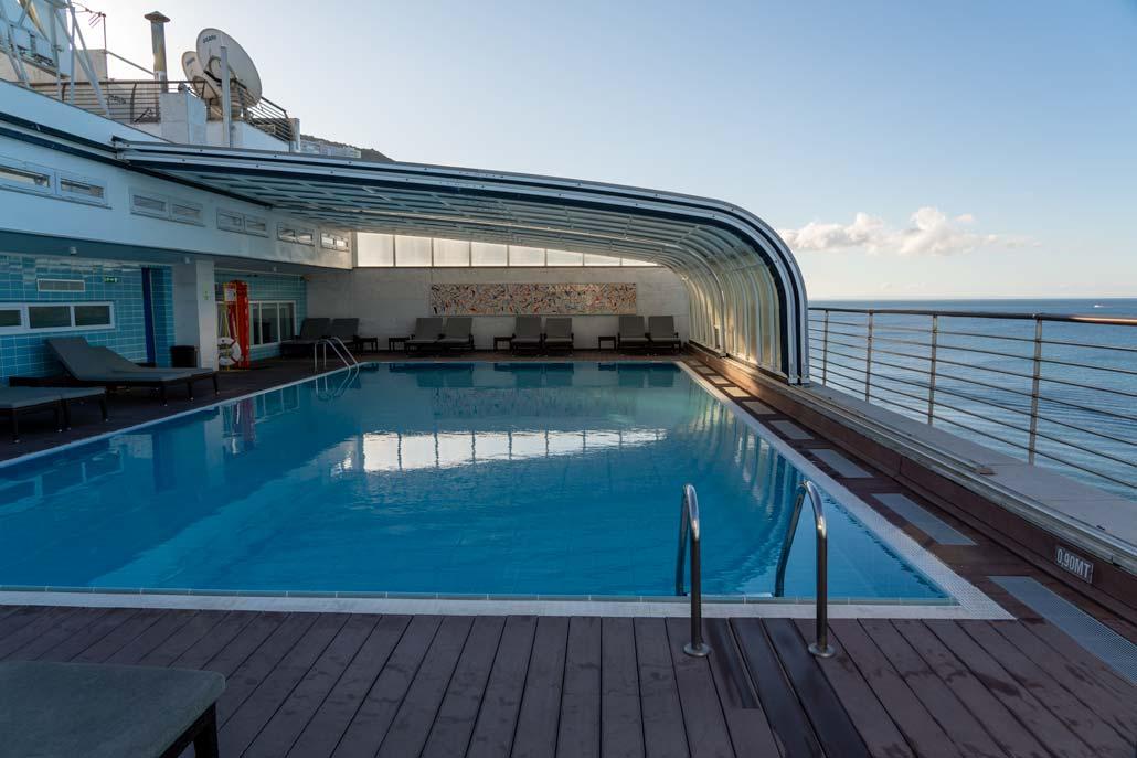 Zwembad op het dak in de SANA Sesimbra