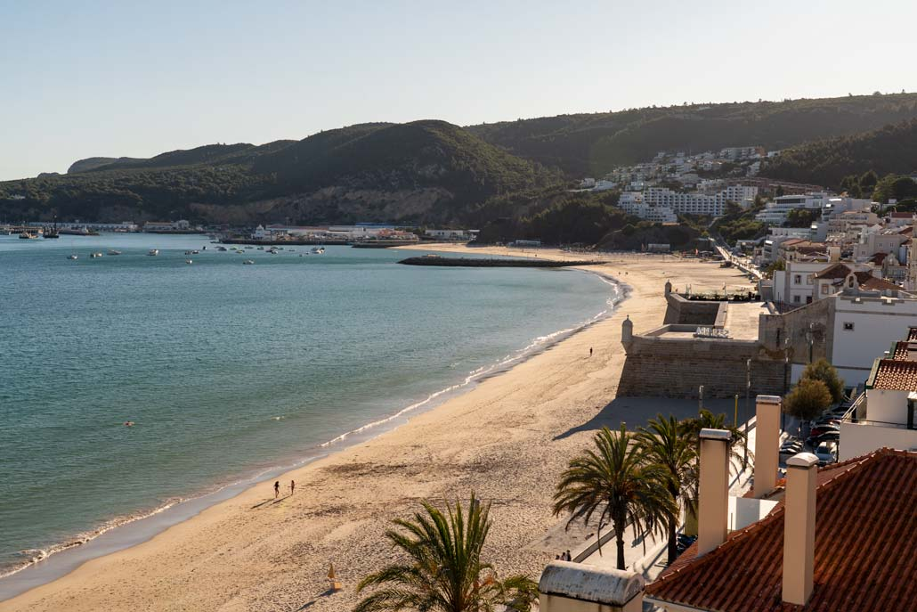 Uitzicht op het dak van het strandfort